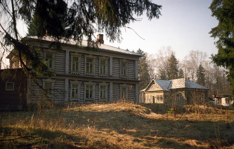 Рис. 9. Здание Клязьминской сельской больницы. Фото Дмитрия Кувыркова.