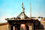 Рис. 1 Запуск ракетоносителя Р-7(Восток 1) с Ю.А. Гагариным. Фото ТАСС.