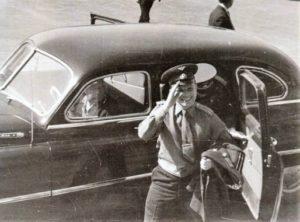 Рис. 7 Приезд Ю.А. Гагарина в ОКБ и на Опытный завод №456 » в 1963 году. Фото из архива В.Н. Голубкова.